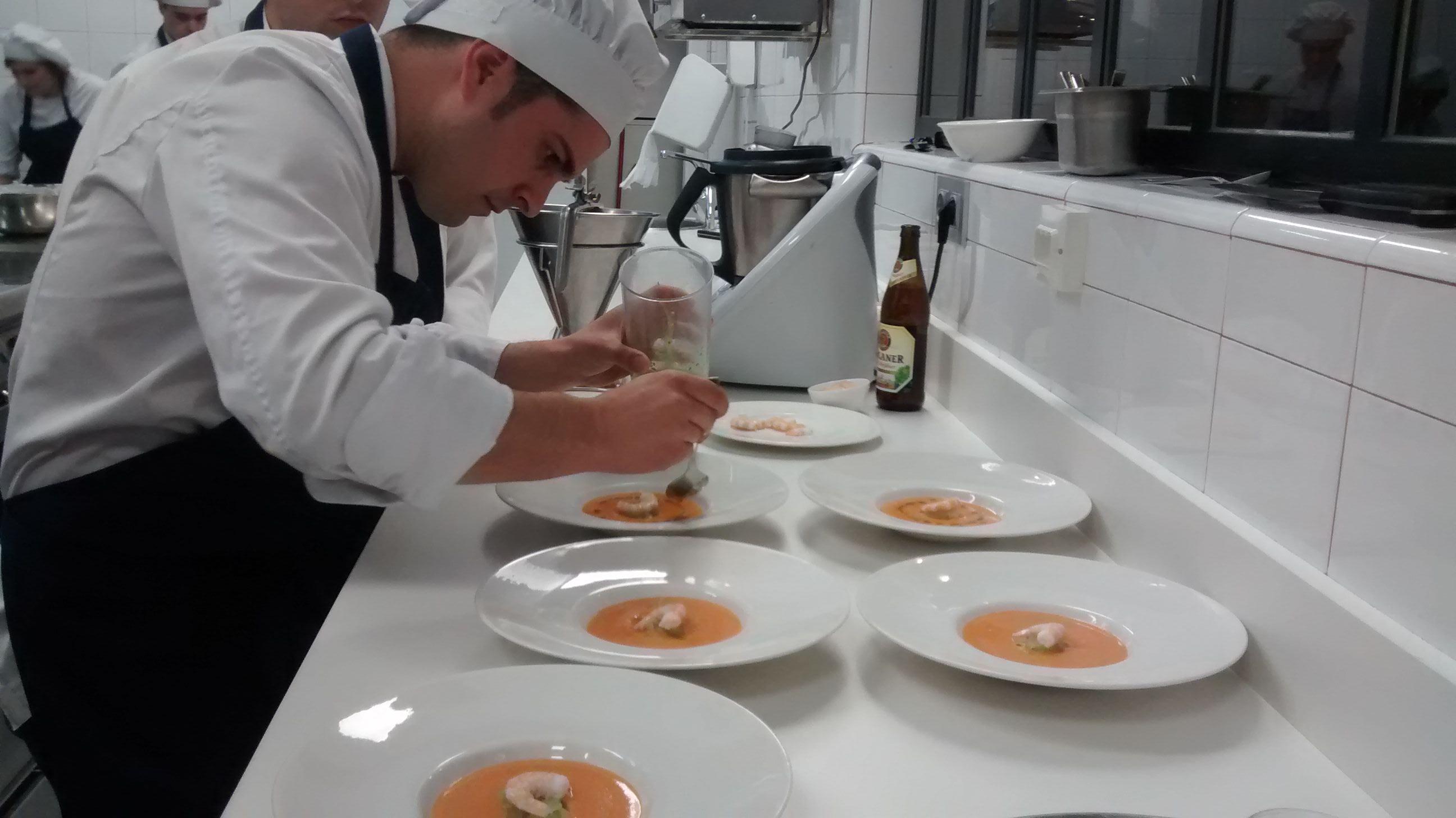 Talentchef semifinal en la escuela de hosteler a - Sartenes chef la cartuja de sevilla ...